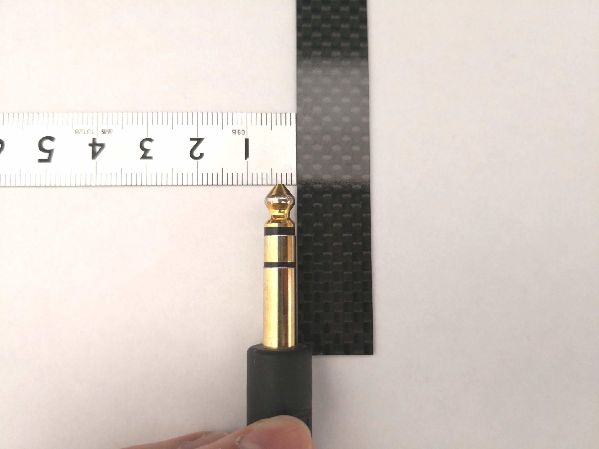 直径6.3mmのプラグ