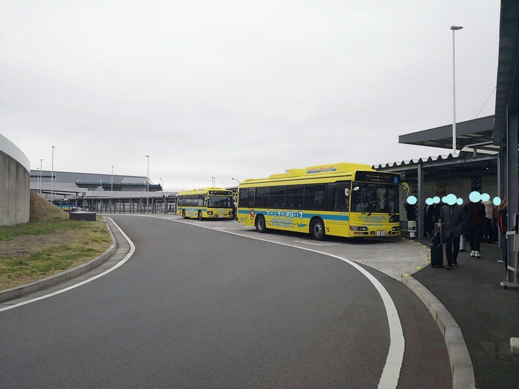 ターミナル3の連絡バス乗り場