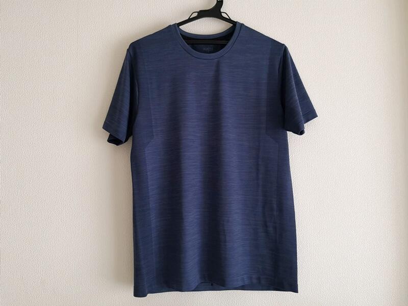 GU ACTIVE Tシャツ 前
