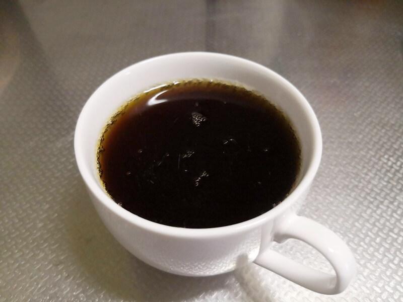 カロリーオフコーラとカップ