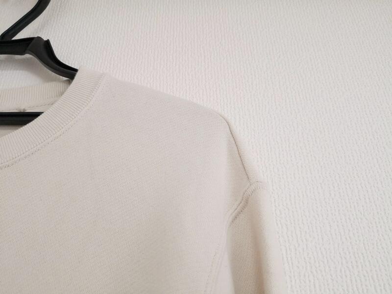 スウェットシャツ 肩