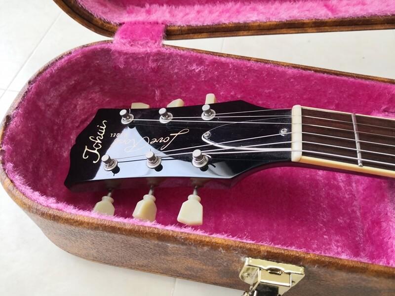 ギターの弦を緩める