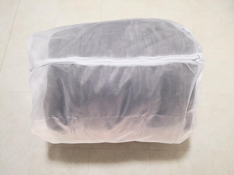 毛布と洗濯ネット